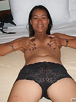 Bargirl slut gets shaved pussy rammed hard